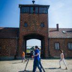 Siatkarze w obozie w Auschwitz 2016