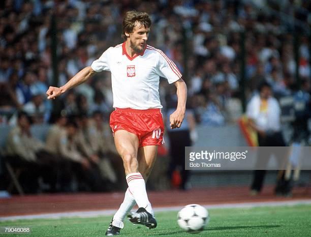 1982 World Cup Finals, La Coruna, Spain, 19th June, 1982, Poland 0 v Cameroon 0, Poland's Stefan Majewski  (Photo by Bob Thomas Sports Photography via Getty Images)